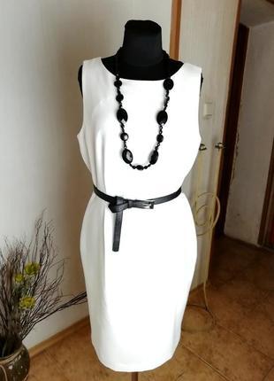 Платье сукня офис футляр кокон белое