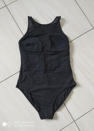 Чорний здєльний купальник з сіточкою на грудях