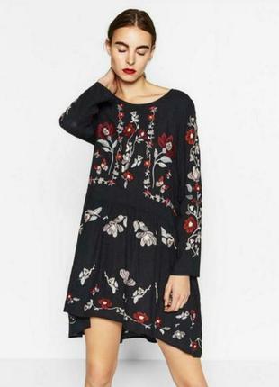 Невероятно красивое платье с вышивкой zara