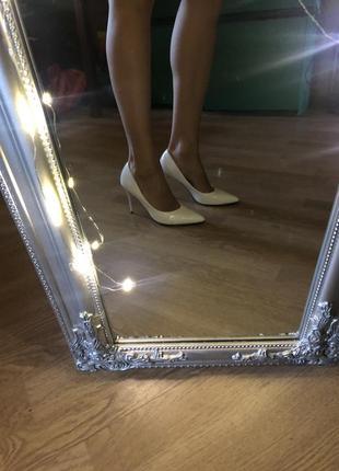 Белые туфли лодочки, свадебные туфли
