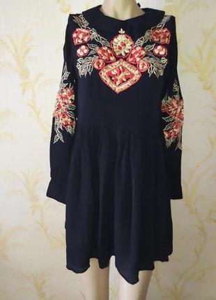Платье вискозное с вышивкой asos p xs