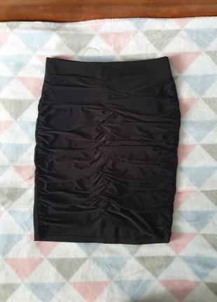 Красивая классическая юбка с драпировкой