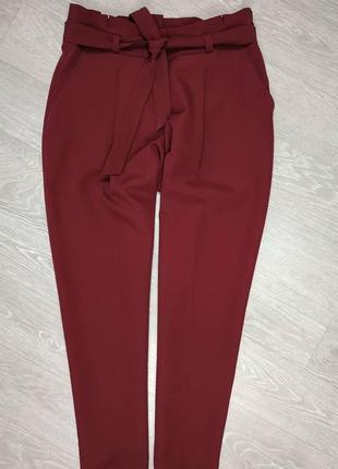 Красивые брюки с поясом