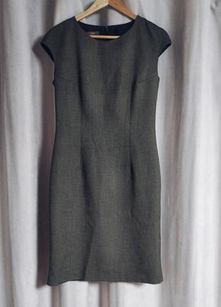 Стильное теплое осеннее платье футляр на подкладке