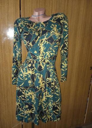 Платье с рукавчиком