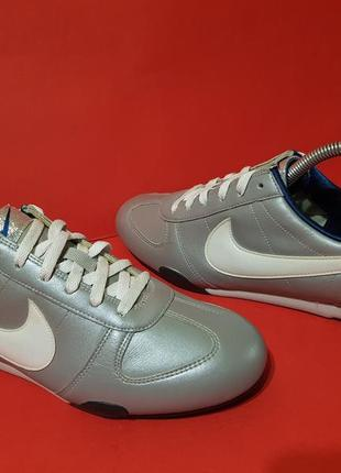 Nike 38р. 24см кроссовки женские