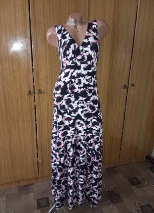 Красивенное платье в пол