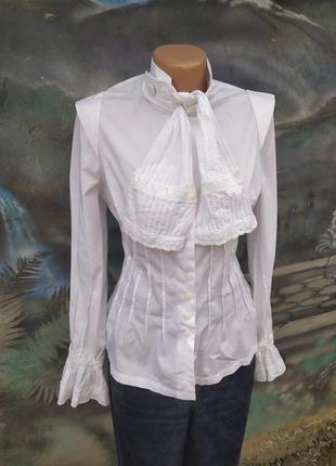 Интересная стильная рубашка ,белоснежная,жабо,бант 60%коттон blanc nature