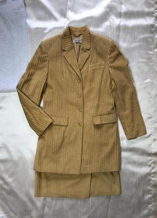 Супер вельветовый костюм пиджак с юбкой