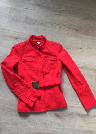Стильная курточка-пиджак от zara