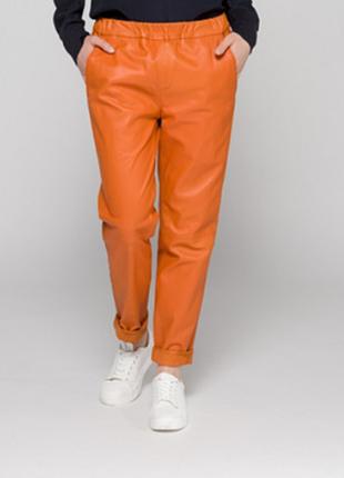 Новые брюки джоггеры из кожи oakwood морковный цвет р. 38 (s/m) кожаные штаны на резинке