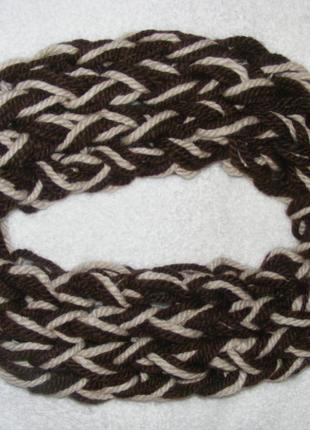 Шикарный шарф-хомут ручной работы