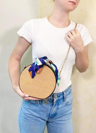 Модная женская сумочка, соломенная,круглой форм, мягкая ручка, цепочка через плечо