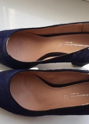 Шикарные туфли из меха пони и замши next