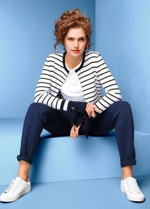 Модные вещи для пышных дам полосатый кардиган-пиджак от tchibo германия