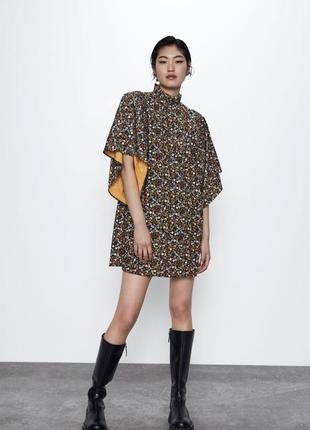 Обалденное платье с широкими рукавами ,zara 2020 размер с
