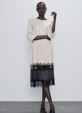 Платье плиссе из кожзама zara