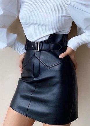 Стильная юбка эко кожа