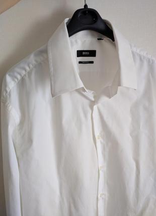 Рубашка hugo boss белая парадная праздничная