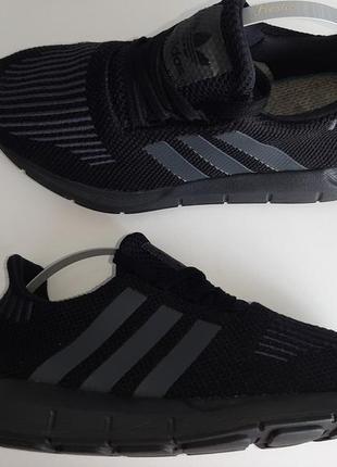 Оригинальные кроссовки adidas originals swift run