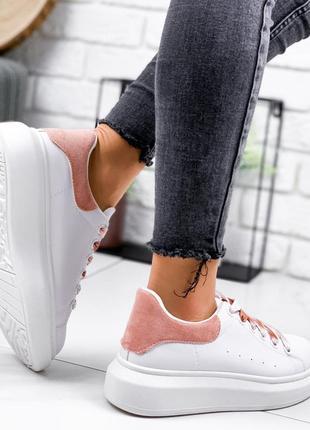Новые шикарные женские белые кроссовки с розовой  пяткой