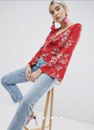 Блуза на запах от бренда boohoo