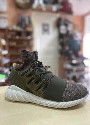 Кросівки adidas tubular doom
