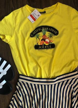 Летняя,желтая футболка c&a