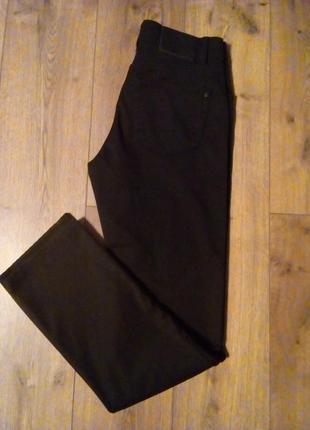 Фірмові прямі чорні джинси \ штани   pierre cardin
