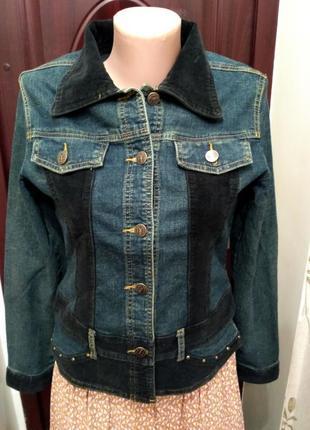 Джинсовая куртка с вельветовыми вставками