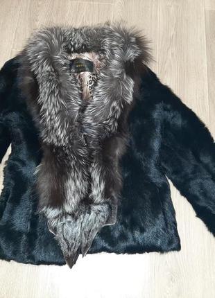 Шуба натуралка воротник чернобурка шуба из козы
