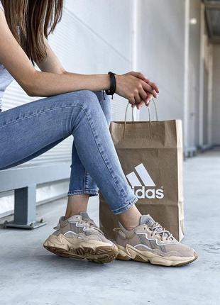 Кожаные шикарные женские кроссовки adidas ozweego адидас