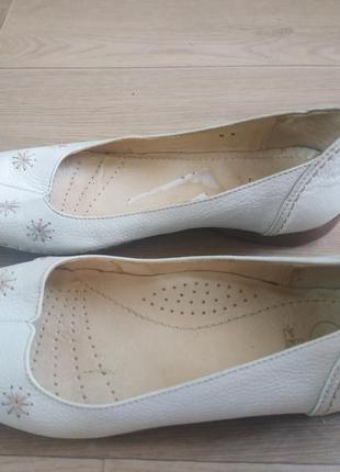 Шкіряні туфлі clarks 38-39