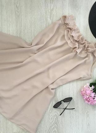 Платье hm на одно плечо беж