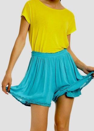 Голубые яркие летние шорты юбка пляжные свободные на резинке