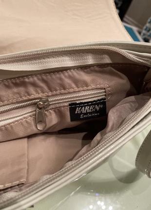 Белая лакированная сумочка-клатч5 фото