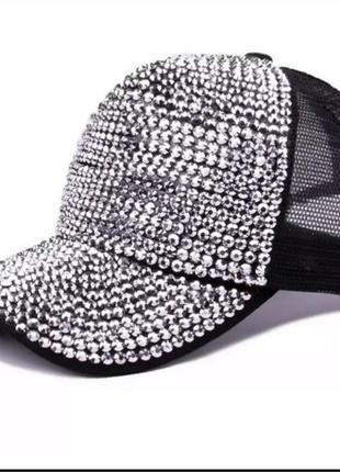 Последняя кепка, люкс качество,стращы, стамбул.