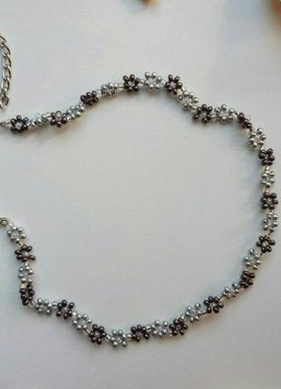 Чокер из бисера ромашки цветочки, квітковий, серебристый, срібний, тренд 2020, ожерелье!