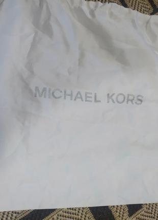 Сумка- пыльник от michael kors