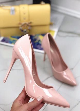 Стильные лёгкие туфли, лодочки лакированные, на высоком каблуке,шпильке