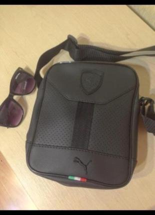 Чёрная мужская сумка через плечо