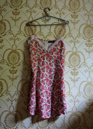 Вінтаж сукня в квітковий принт