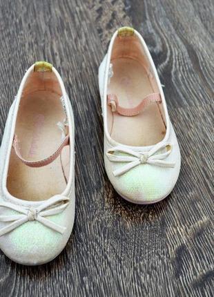 Нарядные туфельки для принцессы. lc waikiki ® размер: 25 стелька: 15-15.5 см.