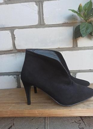 Туфли ботильоны