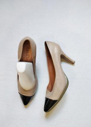 Нюдовые кожаные туфли лодочки lidia ruiz размер 37