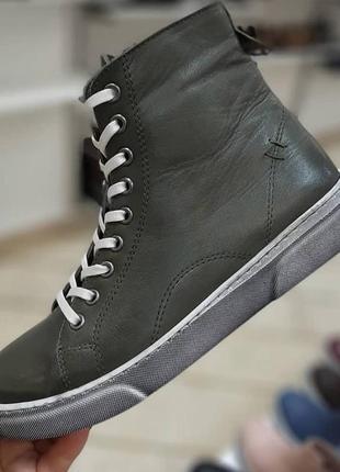 Кожаные ботинки кеды