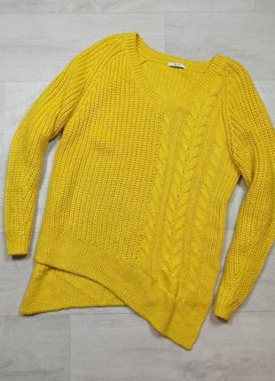 Красивый асиметричный свитер