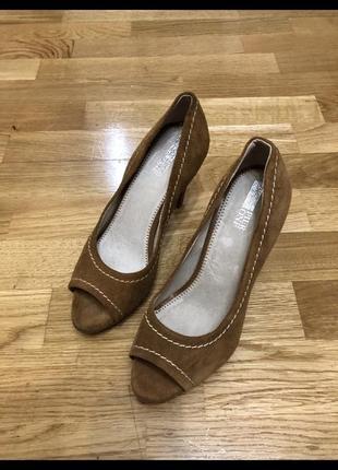 Туфли с открытым носком pier one