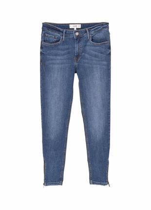 Укороченные джинсы скинни mango skinny isa jeans с акцентом на щиколотки