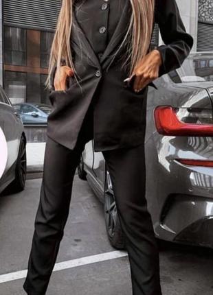 Чёрный костюм тройка с жилетом
